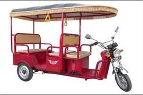 e rickshaw driver