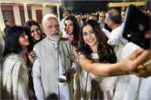 bollywood praised to pm modi