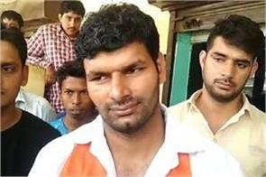 naveen dalal is in the elections is accused of attacking on omar khalid