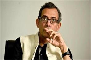 nobel prize winning abhijit banerjee opinion selling pakoda is not a bad thing
