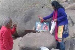 indian hindus perform first pooja in 72 years at sharda shrine in pok