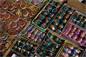 those selling firecrackers will be jailed on diwali in dubai