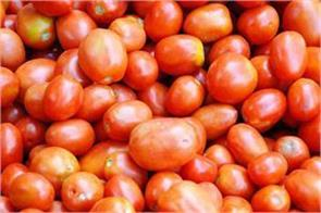 after onion in delhi tomato is now at a height of 80 rupees kg