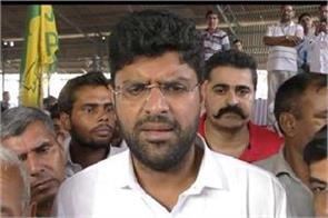 dushyant said vij had called me monkey
