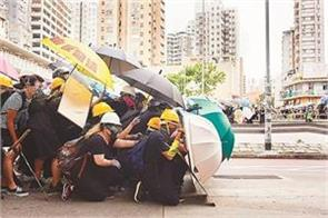 umbrella movement turns violent hong kong now needs  independence  from china