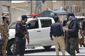 5 killed after gunmen attack security force vehicle in pakistan
