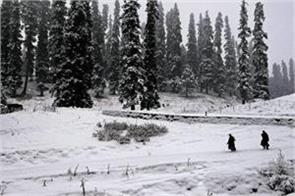 fresh snowfall high altitude kashmir rain plains