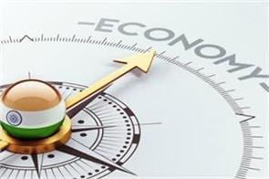 economists warn indian economy will be less than 5