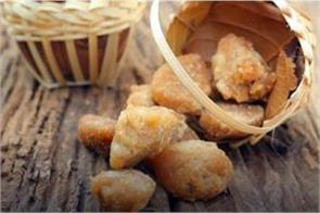 eat jaggery to fight pollution