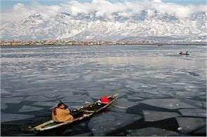 chillai kalan started in kashmir valley water accumulated due to heavy snowfall