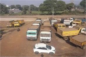 big action police regard illegal mining jabalpur jcb 10 hiywa seized