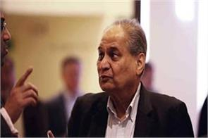 rahul bajaj raised his voice against the policies of the government
