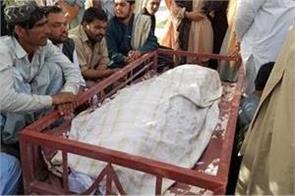 female polio worker killed in pakistan