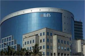 il fs reported a net loss of rs 22 527 crore in fy 2019