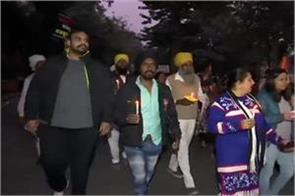 anger erupted over rape police protesters clash at india gate