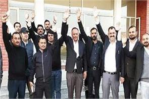 jammu and kashmir lawyers intensify protest hunger strike begins