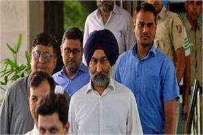ed arrested shivinder singh promoter of fortis in money laundering case