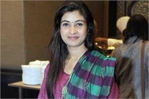 again tension in aap alka lamba tweet create suspense