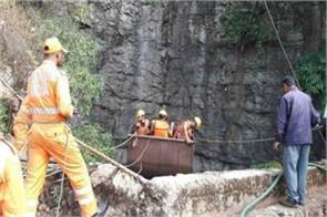 meghalaya 34 days later navy got the first dead body from coal mine
