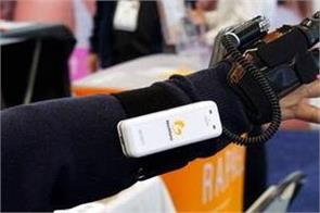 neofect s robotic glove is nearly ready to help those with hand paralysis