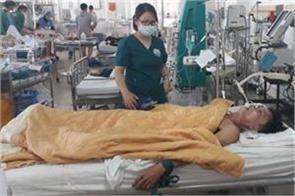 vietnamese doctors pump 15 cans of beer in patient s stomach