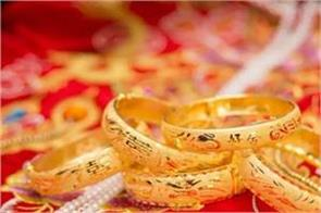 gold rises by rs 230 to record level silver reaches rs 100