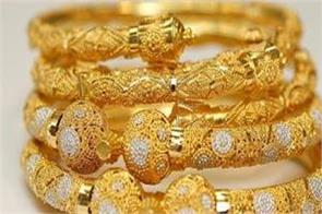 gold prices snap 3 day rally silver surpasses rs 40 000 level