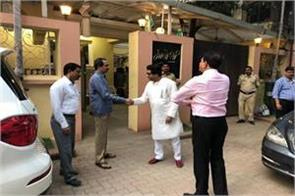raj thackeray who came to his house to meet uddhav