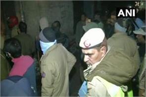 delhi explosion in fan making factory 7 killed