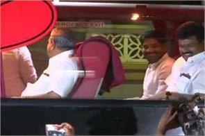 congress mla resorts siddaramaiah blames modi shah