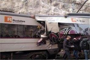 at least 1 killed 95 injured after two train collide in spain