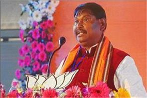 west bengal government not given permission to arjun munda returning jharkhand