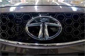 tata motors stock dips to 16 by record loss