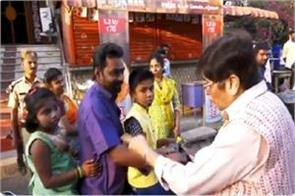 lieutenant governor kiran bedi set the class of traffic rule breakers