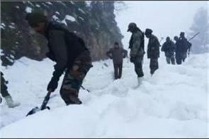 snow avlanche in bandipora 5 rescued