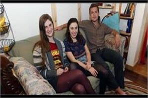 us students find money packs in couch return it to real owner