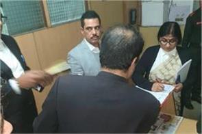 money laundering case robert vadra arrives at ed s office