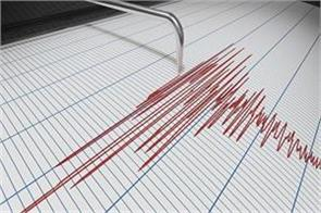 earthquake shocks in jammu and kashmir people coming out of homes