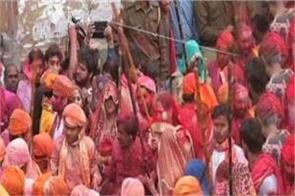 lathmar holi s dhoom in mathura lakhs of art lovers coming from abroad