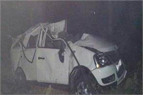 4 people killed in car and truck collision