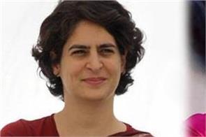 smriti irani twitter war on priyanka gandhi