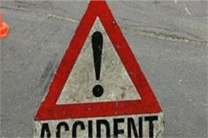 1 dead and 8 injured in handwara road accident
