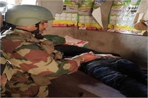 army helped injured in mendhar