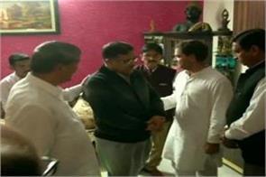 rahul gandhi to meet martyr