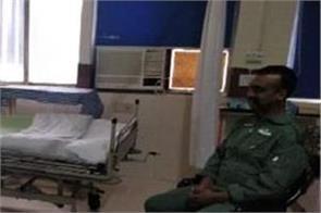 nirmala sitharaman met wing commander abhinandan