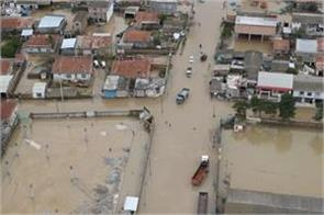 five dead in iran floods