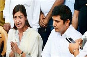 alka lamba and saurabh bhardwaj war on twitter