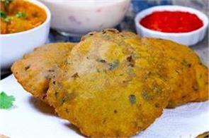 methi bajra puri with jaipuri aloo pyaaz ki sabzi