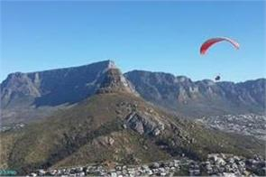 paraglider killed in collision with rock near sydney