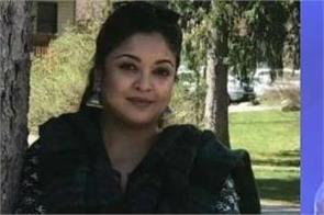 tanushree dutta share glamorous pictures